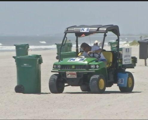 beach-trash_John Weber